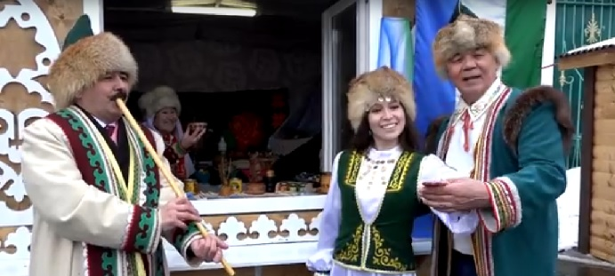 Фото Татарстан халыклар Ассамблеясы һәм Дуслык йорты сайтыннан